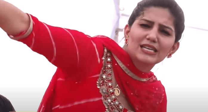 लाल सूट में सपना चौधरी ने किया जबर डांस, सोशल मीडिया पर वायरल हुआ VIDEO