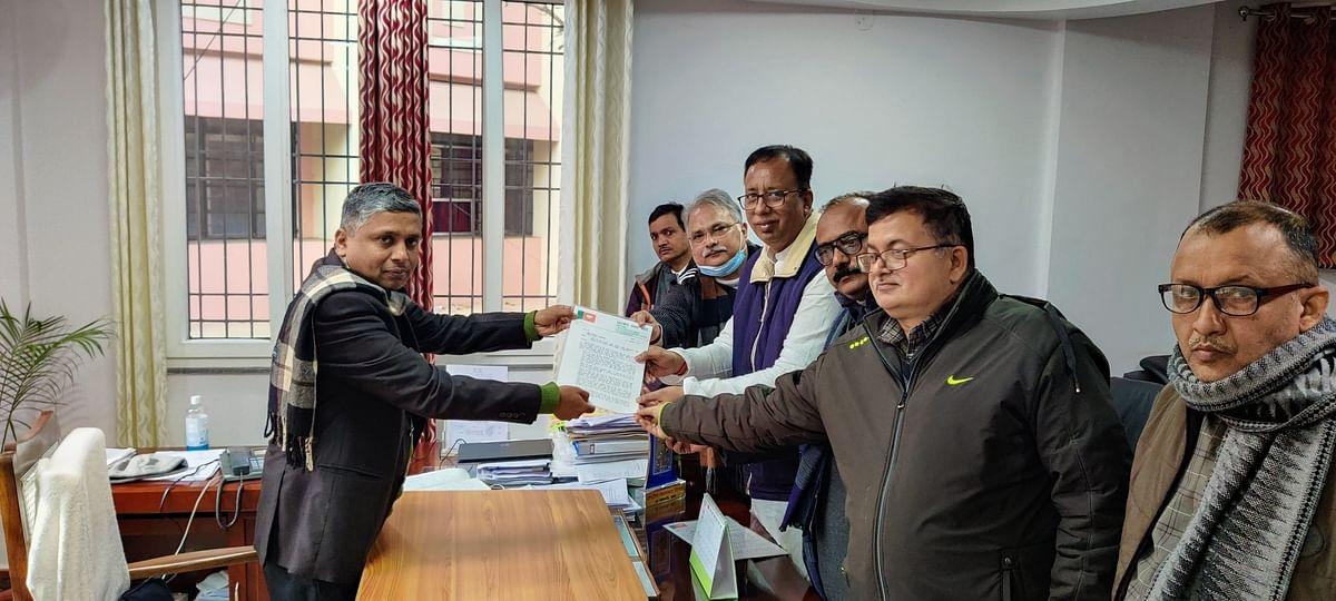 Bihar Panchayat Chunav से पहले BJP की EC से मांग, 2020 में बनी मतदाता सूची रद्द हो, आधार से लिंक हो