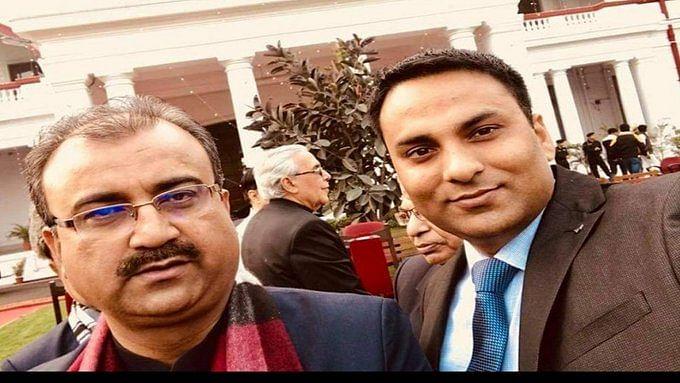 मंगल पांडेय के साथ रूपेश सिंह