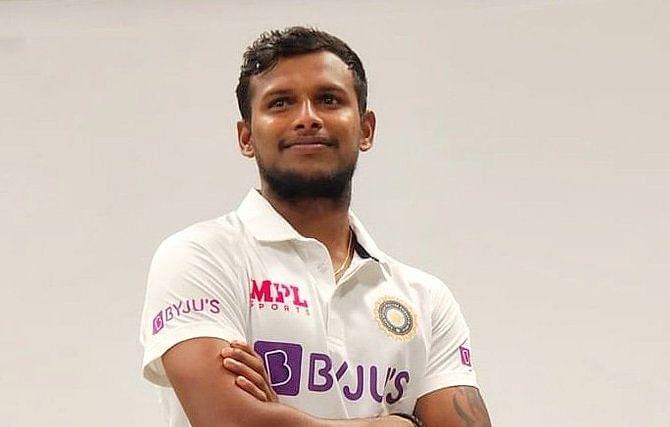 IND vs AUS : टीम इंडिया में शामिल हुआ यह घातक गेंदबाज, IPL 2020 में बरपाया था कहर, डेब्यू टेस्ट के लिए तैयार