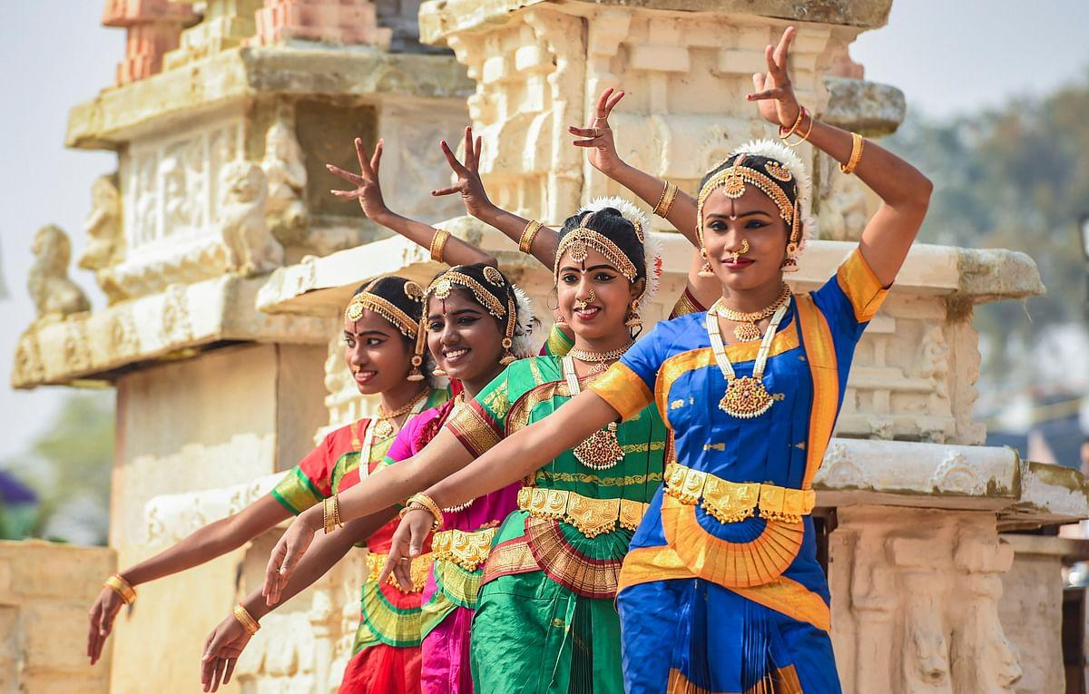 गणतंत्र दिवस परेड में राजपथ पर दिखेगी ऐसी सतरंगी छटा, तसवीरों में देखें कैसा होगा नजारा