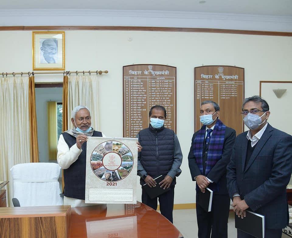 Nitish kumar News: साल के पहले दिन एक्शन मोड में दिखे सीएम नीतीश, बोले- बिहार में कोई सियासी संकट नहीं