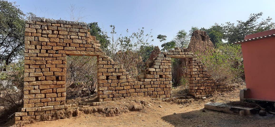 जयपाल सिंह मुंडा का जर्जर मकान.