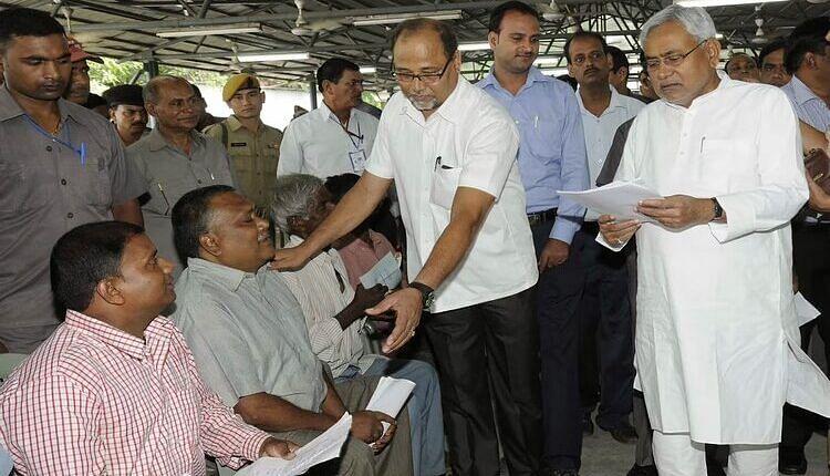 Nitish Kumar News: फिर एक बार जमेगा CM नीतीश का 'जनता दरबार', जानिए- कब लोगों से सीधे फीडबैक लेंगे मुख्यमंत्री