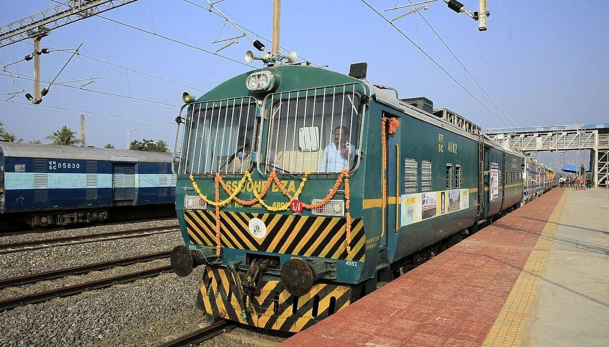 IRCTC/Indian Railway News: झारखंड एवं ओड़िशा के लिए दक्षिण पूर्व रेलवे फरवरी में चलायेगा 16 नयी ट्रेनें