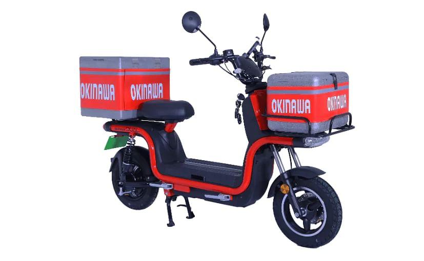 Electric Scooter: सिंगल चार्ज में 130 किमी चलेगा यह ई-स्कूटर, ड्राइविंग लाइसेंस की जरूरत नहीं