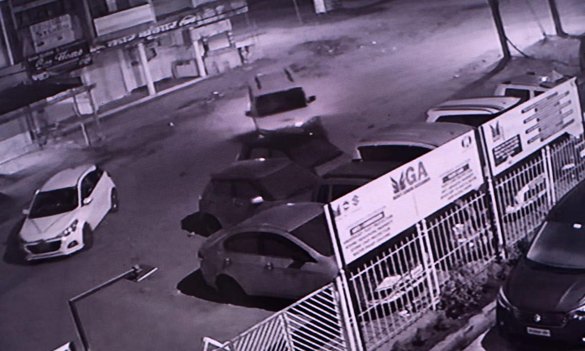 बोकारो में चोरों के कारनामे, 3 बड़ी गाड़ियों पर किया हाथ साफ, अब खंगाले जा रहे CCTV फुटेज