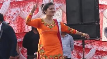 'रसगुल्ला खवादे' पर सपना चौधरी का कहर डांस, आप भी देखिए देसी क्वीन का धमाकेदार VIDEO