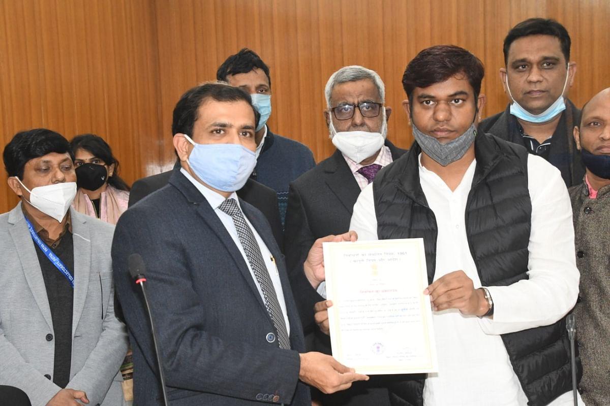 मुकेश सहनी और शाहनवाज हुसैन बिहार विधान परिषद के लिए निर्वाचित, क्या नीतीश कैबिनेट में होंगे शामिल?