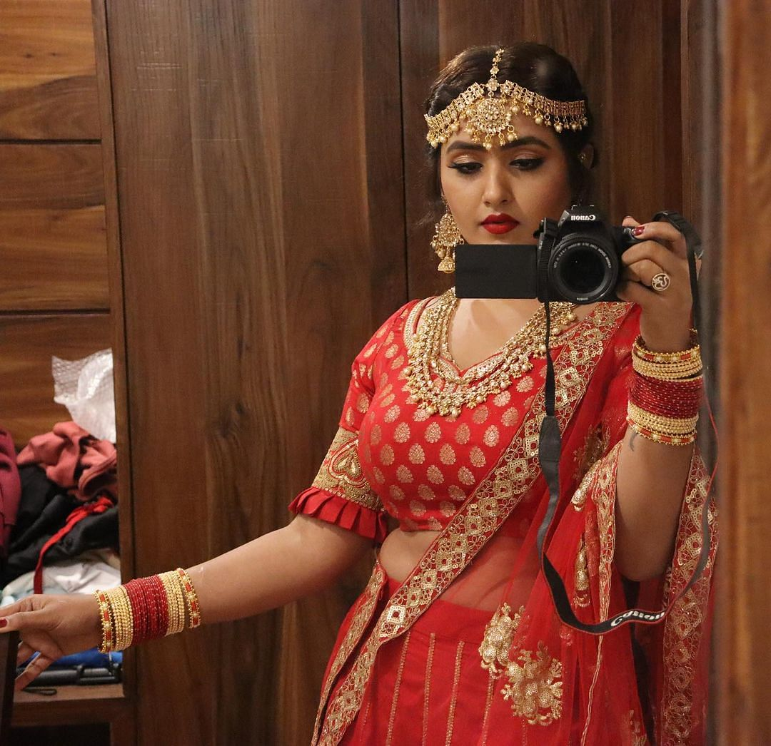 Bhojpuri Beauty Queen: भोजपुरी ब्यूटी क्वीन काजल का दिलचस्प अंदाज, 'दबंग गर्ल' का दुपट्टा वाला VIDEO देखा क्या?