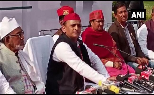 West Bengal Assembly Elections 2021 : ममता को सपोर्ट करेंगे अखिलेश, बीजेपी पर लगाया नफरत फैलाकर चुनाव जीतने का आरोप