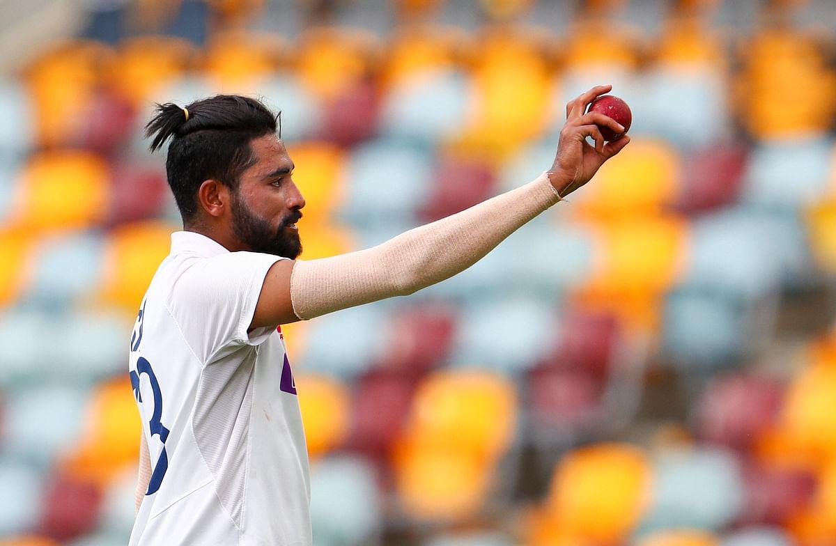 IND vs AUS: पिच पर पड़ चुकी है दरार, सिराज ने भारतीय बल्लेबाजों को किया सतर्क