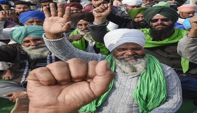 सरकार से आठवें दौर की बातचीत से पहले सिंघु बॉर्डर पर 80 किसान संगठन आज करेंगे मंथन,  दो मुद्दों पर चार जनवरी को होगी चर्चा