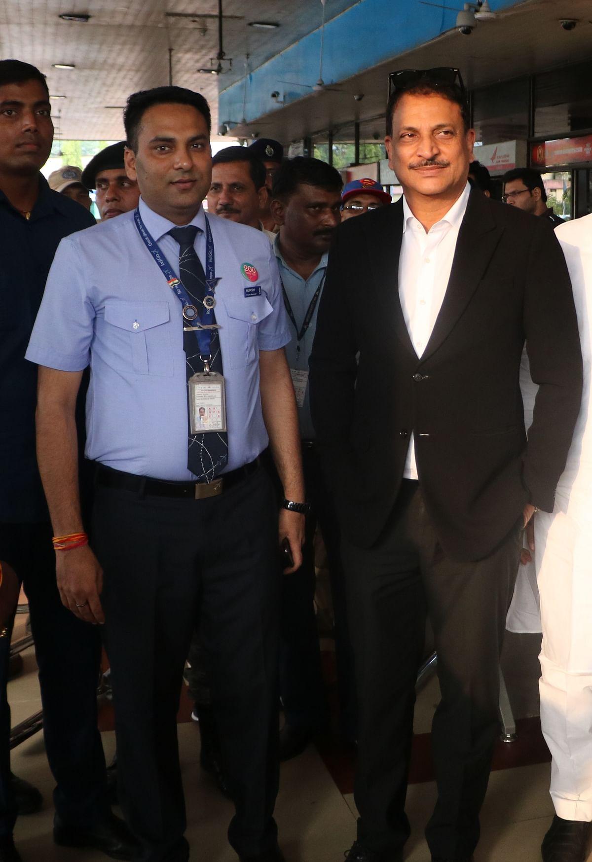 सारण सांसद सह भाजपा के राष्ट्रीय प्रवक्ता राजीव प्रताप रूडी  के साथ रूपेश सिंह