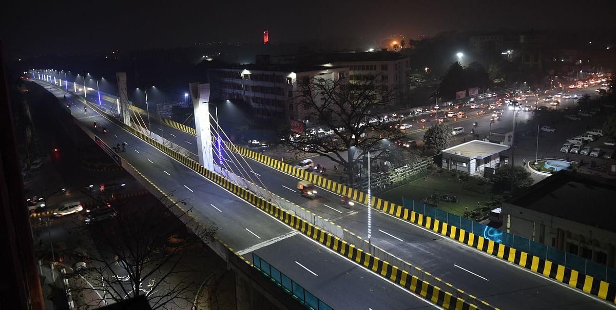 सर्दी तो सितमगर है: राजधानी पटना में शीतलहर, दोपहर में भी राहत नहीं, तसवीरों में कैद ठिठुरती जिंदगी...