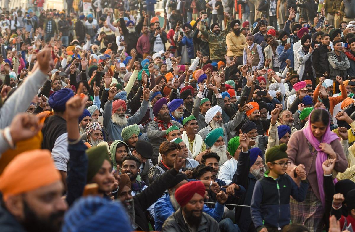 Kisan Andolan LIVE Updates: आंदोलन के बीच सिंघु बार्डर पर किसानों ने मनाया 'प्रकाश पर्व', आज सरकार के साथ है 10वें दौर की बातचीत