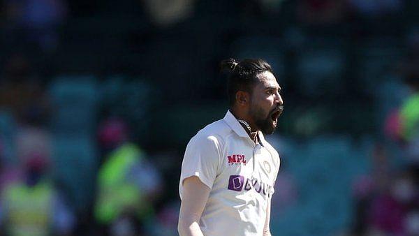 IND vs AUS, racism : मोहम्मद सिराज को तीसरे टेस्ट के दौरान आस्ट्रेलियाई दर्शकों ने कहा- 'ब्राउन डॉग'...