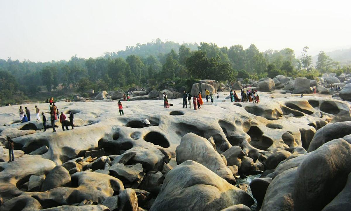 Makar Sankranti 2021 : मकर संक्रांति में गुमला के नागफेनी और हीरादह में नहीं लगेगा मेला, नदी में डुबकी लगायेंगे श्रद्धालु