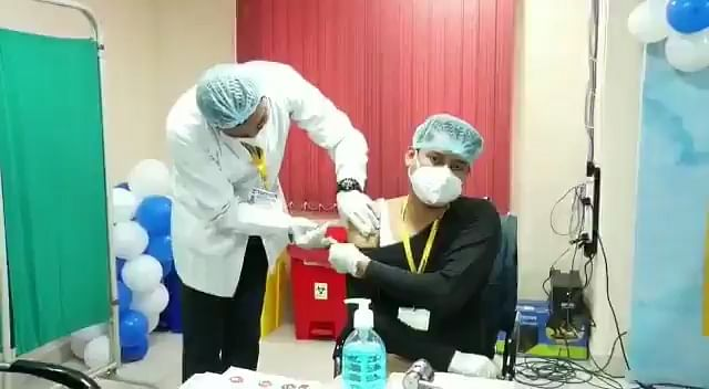 Corona Vaccine in Bihar : लक्ष्य का आधा ही हुआ टीकाकारण, जानिये हर दिन वैक्सीनेशन में कैसे पिछड़ता गया पटना