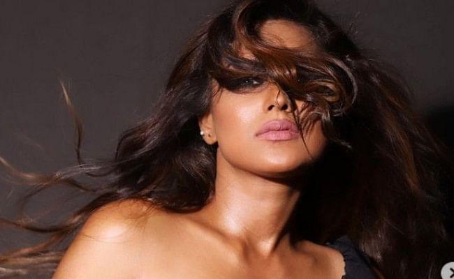 निया शर्मा ने ब्लैक ड्रेस में ढाया कहर, सोशल मीडिया पर वायरल हुआ एक्ट्रेस का ये बोल्ड VIDEO