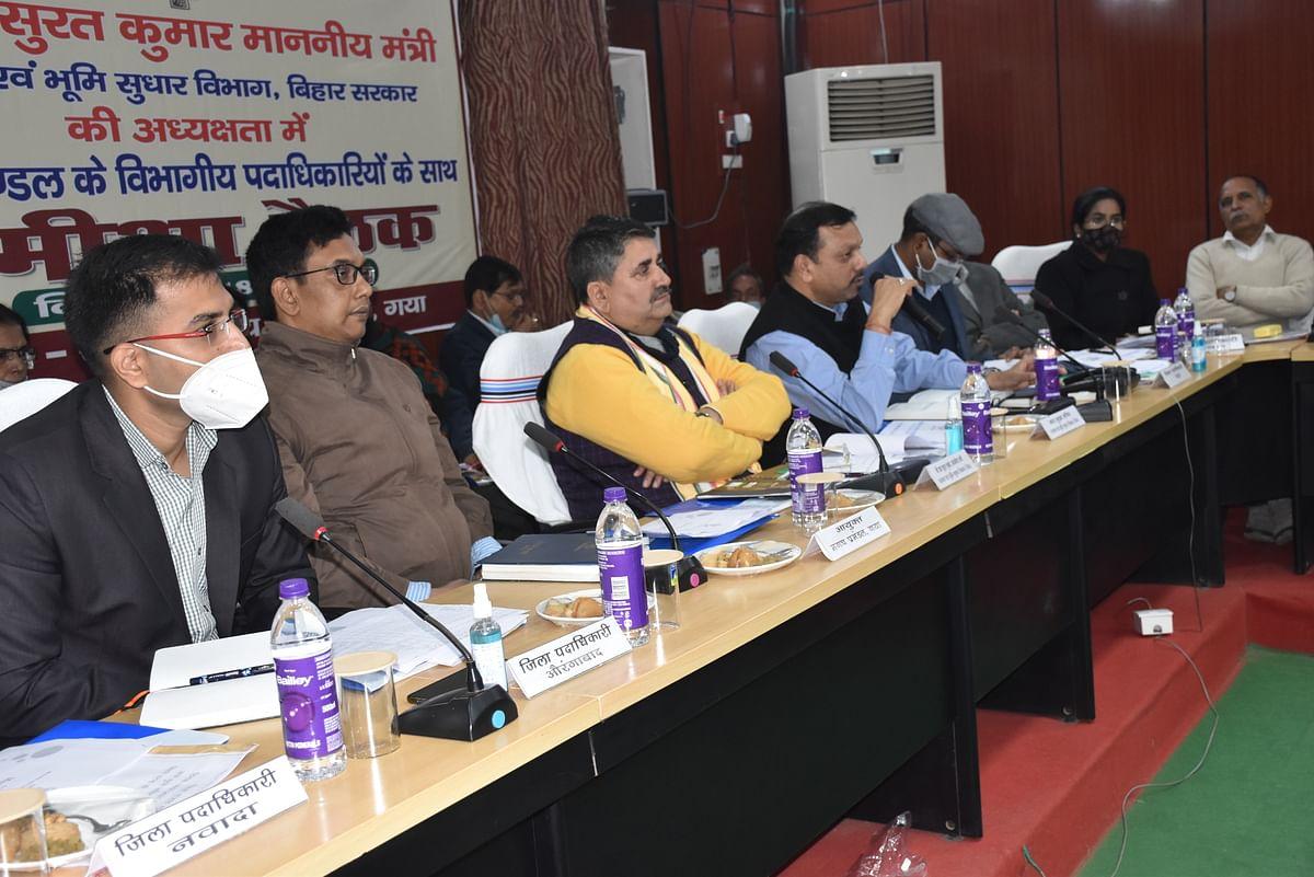 Bihar News: अच्छा काम करने वाले कर्मचारियों को अपनी सैलरी से बांटेंगे इनाम- देंगे मनचाही पोस्टिंग, बिहार सरकार के मंत्री का ऐलान