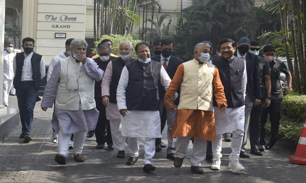 Bengal Chunav 2021 : भाजपा ने वोटिंग से 15 दिन पहले केंद्रीय बल की तैनाती की मांग की, मुख्य चुनाव आयुक्त को सौंपा ज्ञापन