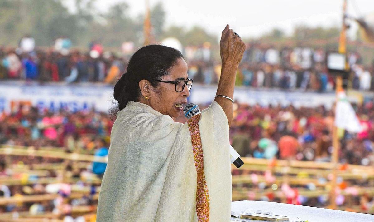 West Bengal Opinion Poll 2021: मुख्यमंत्री के रूप में 49 फीसदी लोगों की पसंद ममता बनर्जी, सौरभ से ज्यादा लोकप्रिय दिलीप घोष