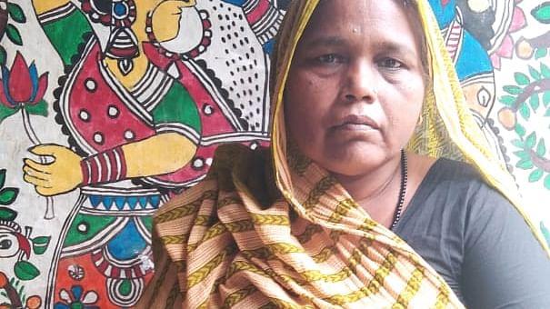 Padma Shri Award 2021 : बर्तन मांजने वाले हाथों से ब्रश थाम उकेरी जिंदगी, अब राष्ट्रपति देंगे पद्म श्री सम्मान, पढ़िए दुलारी देवी के बारे में