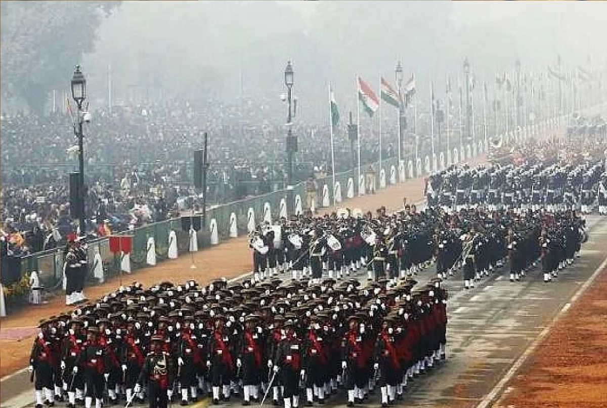 Republic Day News : परेड में सैन्य ताकत और सांस्कृतिक विरासत की झलक पेश करेगा भारत