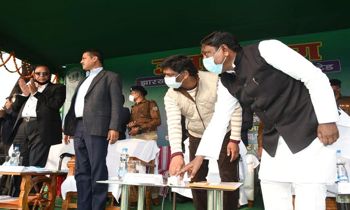CM हेमंत ने बरहेट में 100 मेगावाट सब स्टेशन की रखी आधारशिला, बोले-  सुदूरवर्ती गांवों तक जल्द पहुंचेगी बिजली
