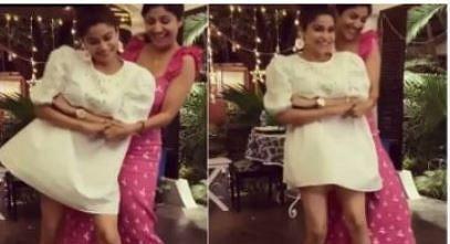 VIDEO : शिल्पा शेट्टी ने पिंक ड्रेस में किया गजब का डांस, शमिता के साथ 'शम्मी कपूर' के गाने पर लगाए ठुमके