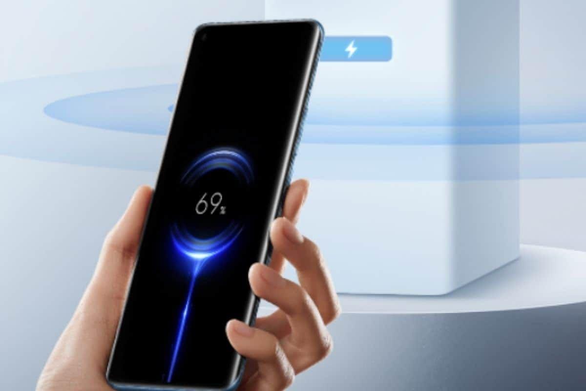 New Tech: हवा में चार्ज होगा स्मार्टफोन, जानिए क्या है Xiaomi की Mi Air Charge तकनीक