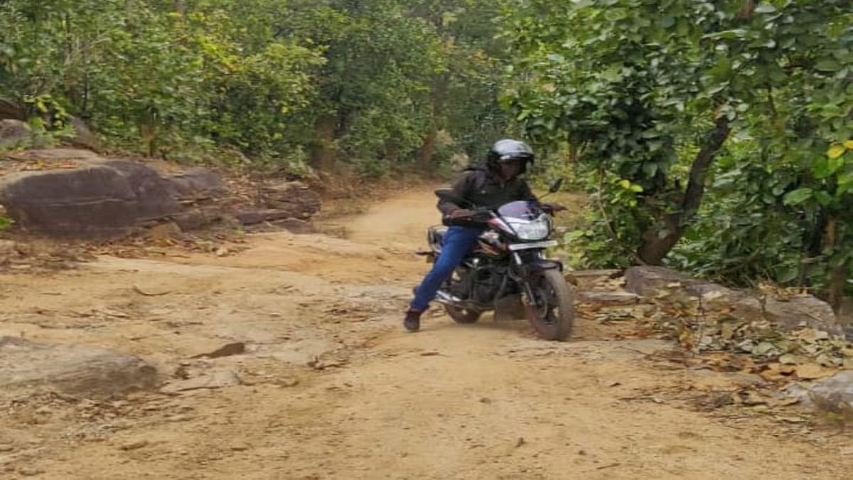 न सड़क, न बिजली, न स्वास्थ्य सुविधा, कैसे रहें, हाल जरडा पंचायत के मंगरूतल्ला गांव का