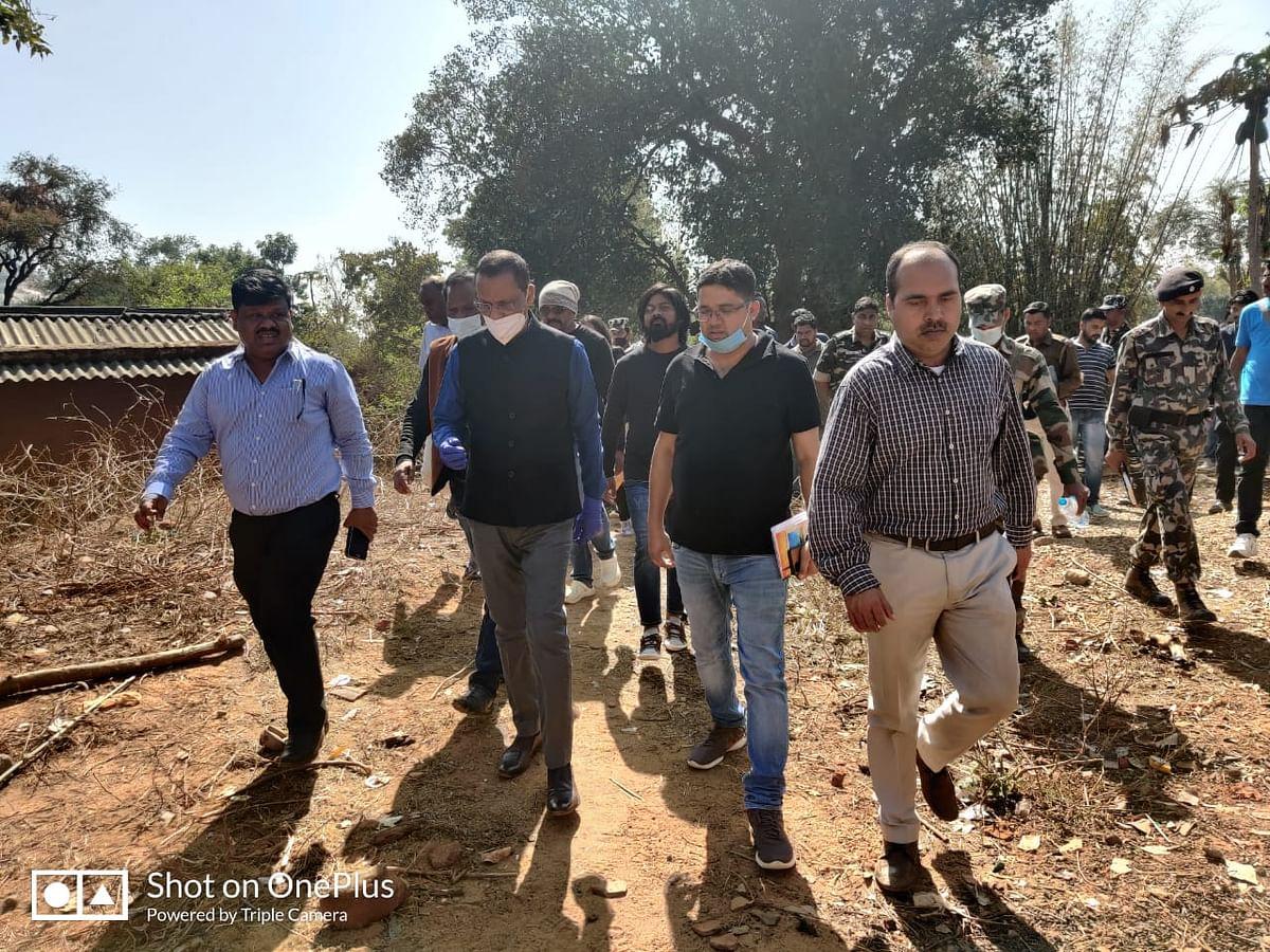 Jharkhand Crime News : गुमला के नरसंहार पर बोले उपायुक्त, एक सप्ताह के अंदर सलाखों के पीछे होंगे अपराधी