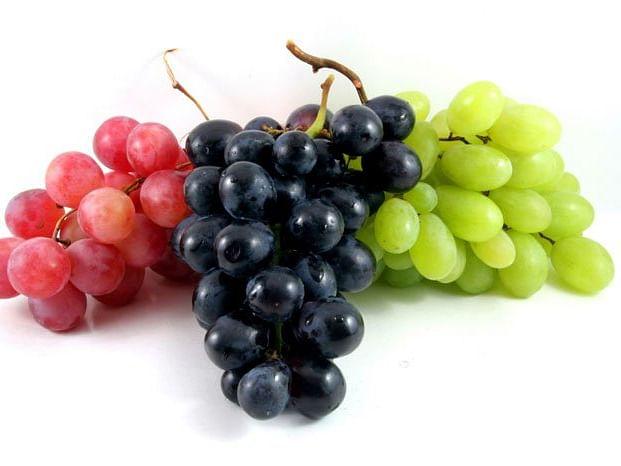 Grapes Side Effects: इन मरीजों के लिए अंगूर का सेवन जानलेवा, जानें किन्हें नहीं खाना चाहिए हरे या काले रंग का अंगूर
