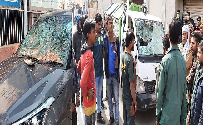 Bihar Board Exam: छात्रों ने जमकर चलाया ईंट-पत्थर, आम पब्लिक को दौड़ा-दौड़ा कर पीटा, वीडियो फुटेज के आधार पर उपद्रवियों की हो रही पहचान
