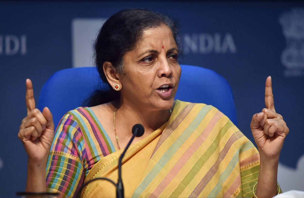 Budget 2021 Streaming in Hindi: 'स्वस्थ भारत' का विजन, टैक्सपेयर्स को मिली निराशा, कोरोना वैक्सीन के लिए खुली तिजोरी