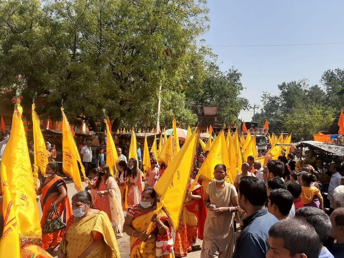 Jharkhand News : खाटू श्याम के रंग में रंगा सरायकेला, निशान यात्रा में भक्ति में डूबे श्याम भक्त