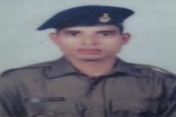 Jharkhand Naxal News : लोहरदगा में IED ब्लास्ट, SAP का जवान शहीद, नक्सल विरोधी अभियान में निकली थी पुलिस
