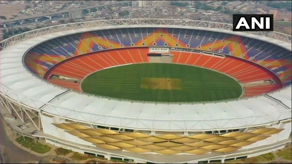 मोटेरा स्टेडियम का नाम नरेंद्र मोदी के नाम पर रखा गया, दुनिया के सबसे बड़े स्टेडियम की जानिए खासियत
