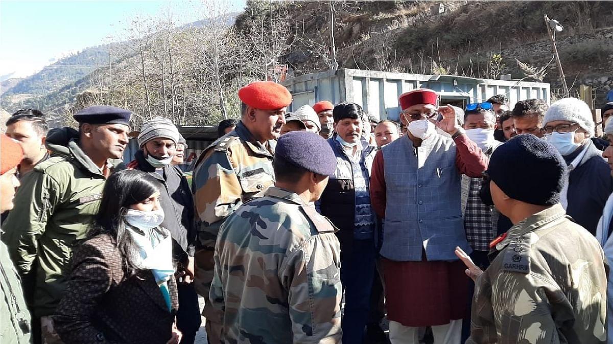 Uttarakhand Chamoli news : उत्तराखंड में तबाही से निपटने के लिए सेना की चार टुकड़ी रवाना