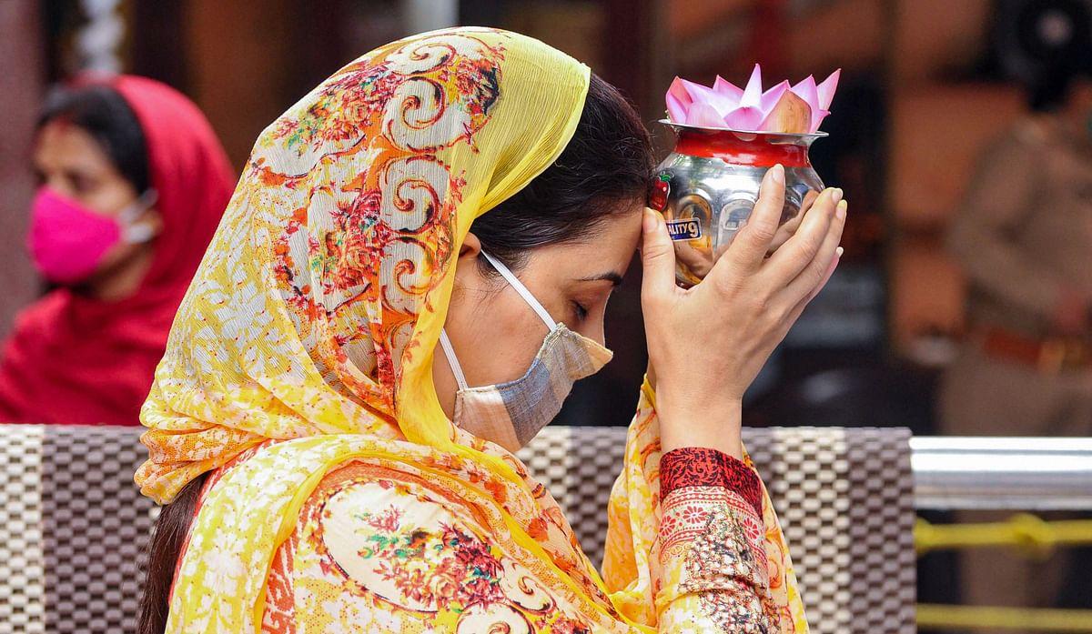 Magh Purnima 2021: 27 फरवरी को माघ पूर्णिमा, ग्रहों की बिगड़ी चाल को करें ठीक, स्नान के बाद इनका करें दान