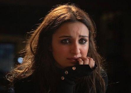 Parineeti Chopra को अपनी मॉम की तरफ से मिला सरप्राइज, The Girl On The Train की रिलीज से पहले इसलिए इमोशनल हुईं एक्ट्रेस