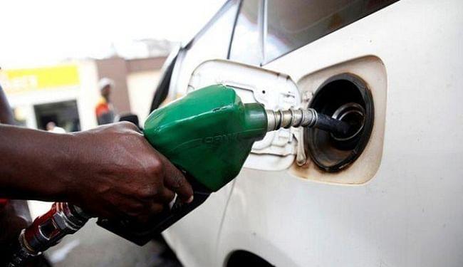 Petrol Diesel Price: दो दिनों में क्रूड ऑयल की कीमतों में आयी गिरावट के बावजूद बढ़े पेट्रोल-डीजल के दाम, जाने अपने शहर में दाम