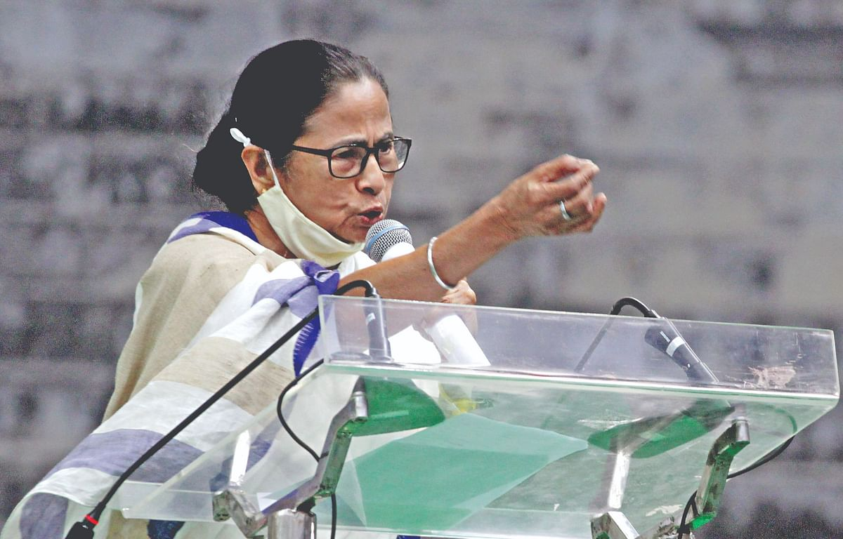 Bengal Election 2021 : 'चुनाव तक सिर पर लाठी खा लें, फिर मैं सबका हिसाब करूंगी', नंदीग्राम में TMC कार्यकर्ताओं को बोलीं ममता बनर्जी