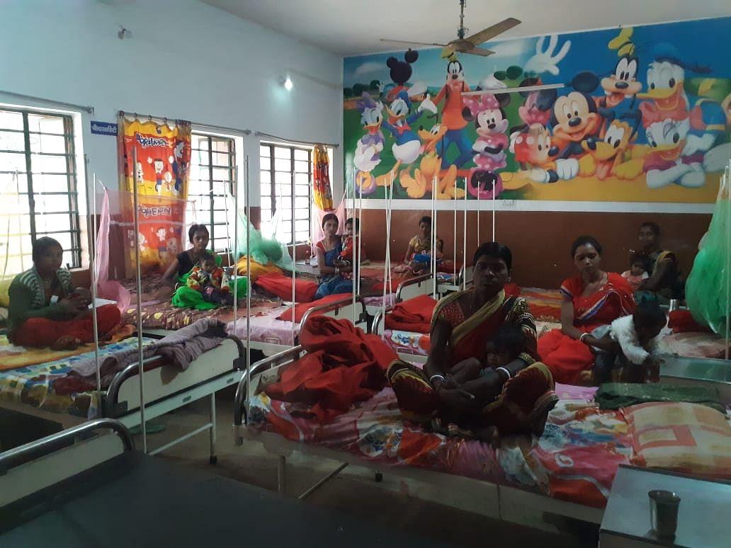 Jharkhand News : बोकारो में कुपोषण उपचार केंद्र तक क्यों नहीं पहुंच पा रहे सभी कुपोषित बच्चे, कौन है जिम्मेदार, पढ़िए ऐसे कैसे बनेगा कुपोषणमुक्त झारखंड