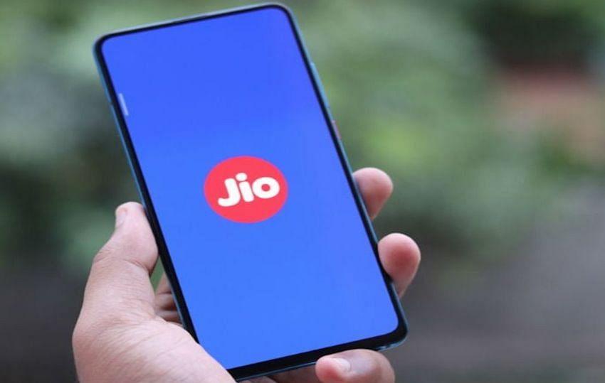 Reliance Jio Plan Latest Update: जियो के सस्ते रिचार्ज प्लान्स, फ्री कॉलिंग और डेटा के साथ पाएं सालभर तक की वैलिडिटी