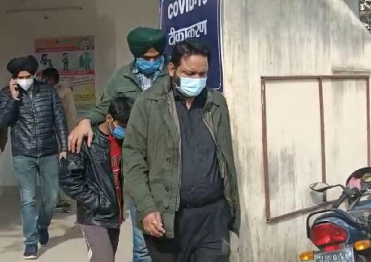 Jharkhand Cyber Crime News :  देवघर के साइबर ठग ने पंजाब CM के हेल्थ एडवाइजर की पत्नी को लगाया चूना, पुलिस ने दुमका से दबोचा, पढ़िए पूरा मामला