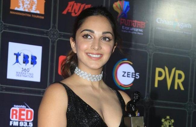 Dadasaheb Phalke Awards 2021 : कियारा आडवाणी से लेकर 'नागिन' सुरभि चंदना तक, सितारों ने बिखेरे जलवे