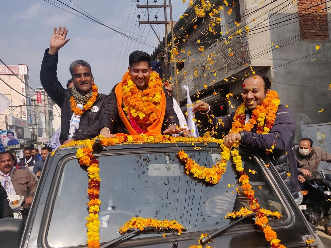 भाजपा सांसद सनी देओल ने पंजाब के साथ विश्वासघात किया, आम आदमी पार्टी का आरोप